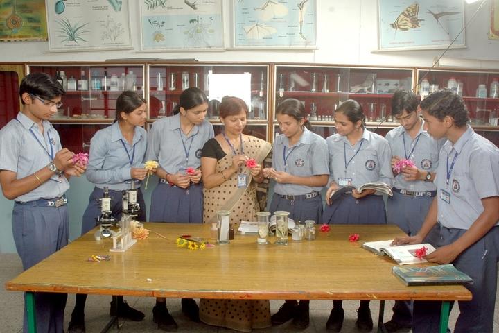 Dehradun Public School-Lab