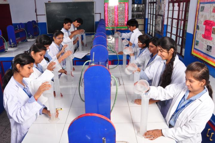 Dehradun Public School-Chemistry-Lab
