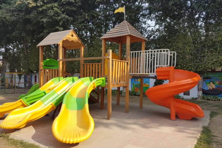 Dehradun Public School-Kids Play area