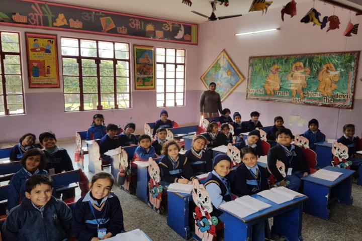 Dehradun Public School-Kids classroom