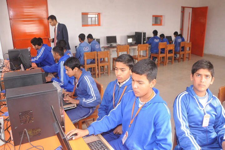 Delhi City School-Computer Lab
