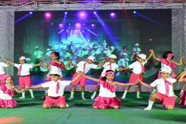 DA Vinci International School-Kids Dance
