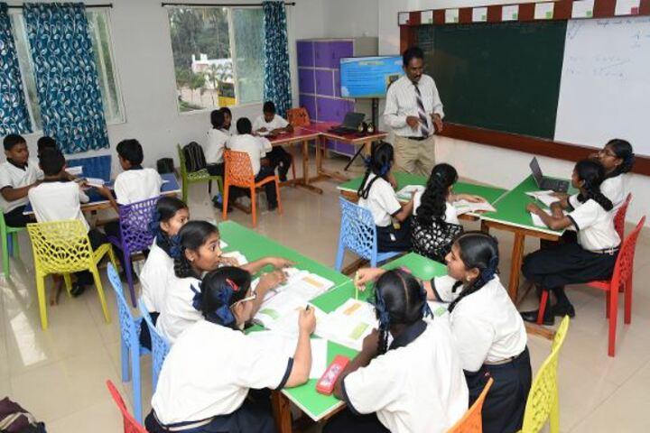 DA Vinci International School-Classroom