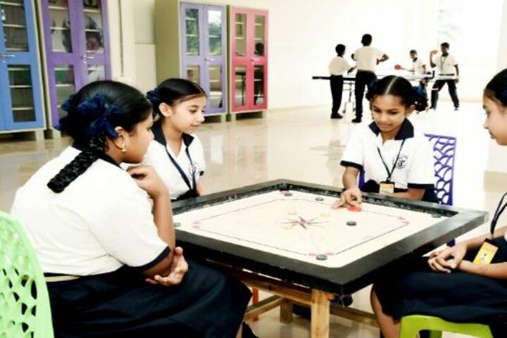 DA Vinci International School-Indoor Games