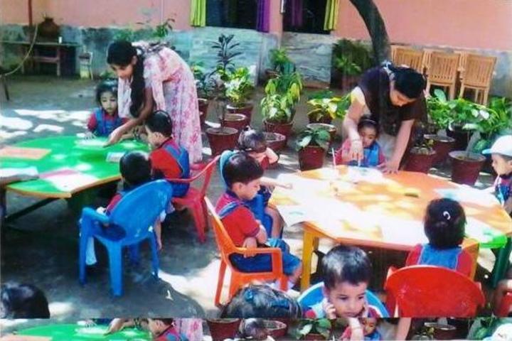 Shanti Niketan Academy-KG Students Activity