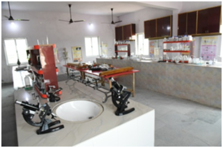Shanti Niketan Academy-Laboratory
