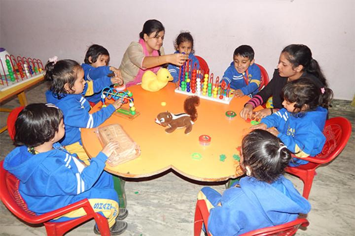 Shanti Niketan Academy-Maths Lab