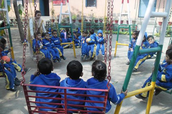 Shanti Niketan Academy-Outdoor Games