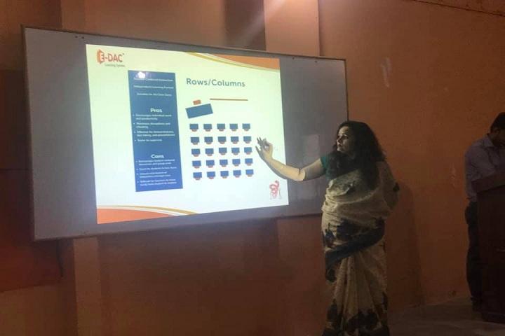 Divine Light Public Inter College-Classroom smart