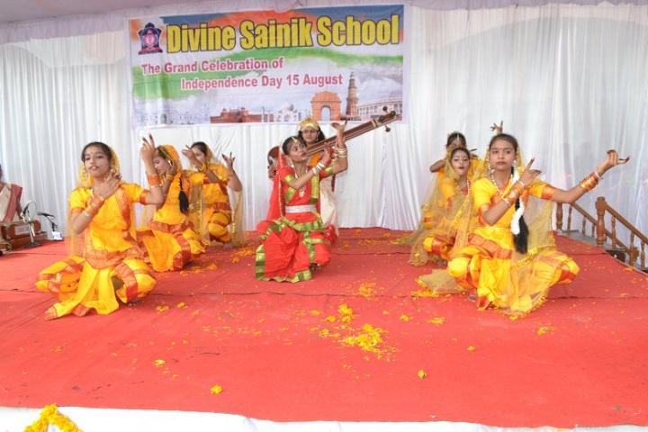 Divine Sainik School-Independance Day Programme