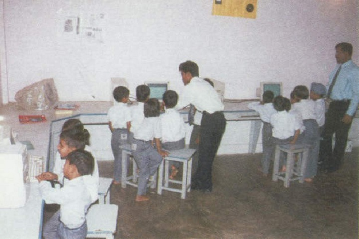 Dr Maria Residential Academy-IT-Lab