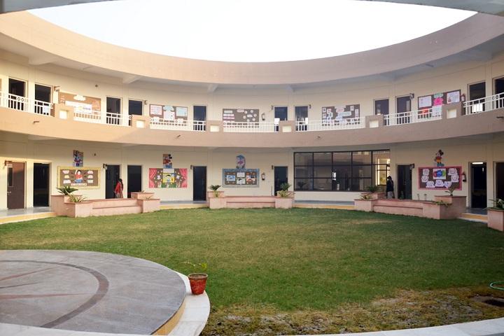 Dr RM Saha Global School-Campus Area