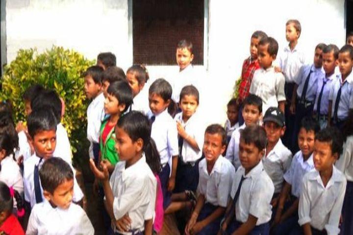 Sharada Shikshan Sansthan-Students