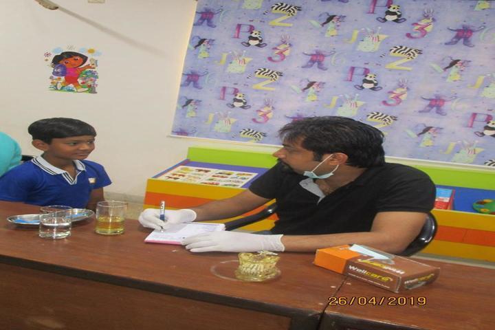 Edify World School Firozabad-Dental checkup for children