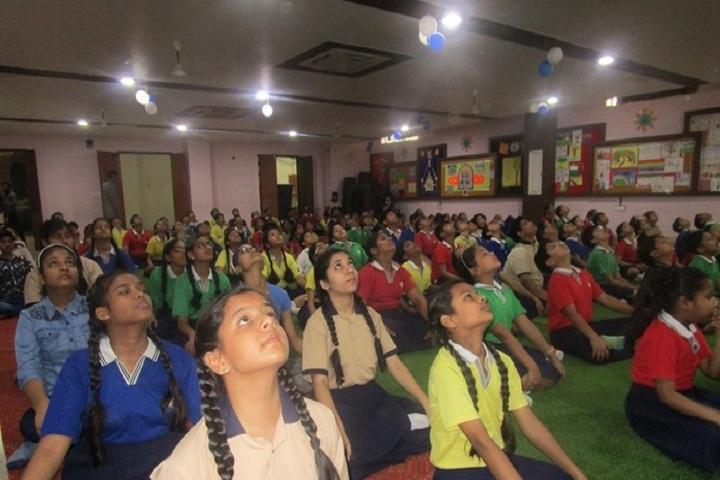 Edify World School Firozabad-Yoga Day for school children