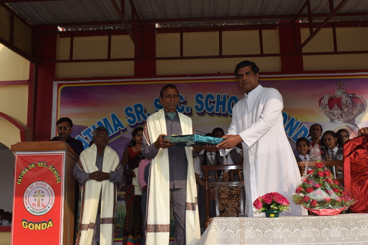 Fatima school-Gold Medal Distribution
