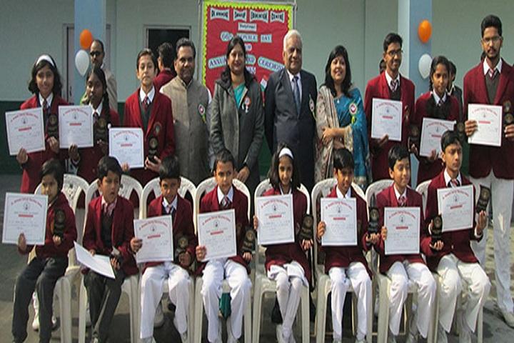 Fertilizer Public School-Certificate distribution