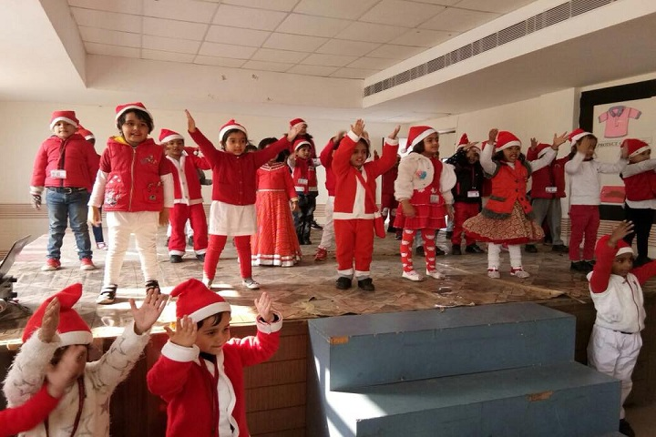 Ftune Wld School-Christmas Celebrations