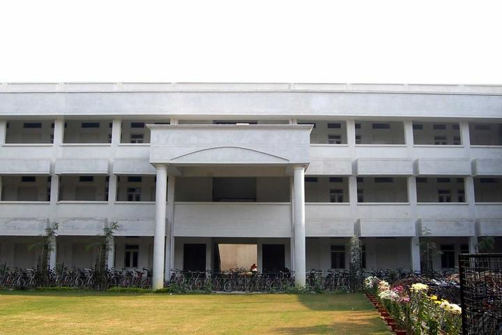 G N National Public School-Campus View