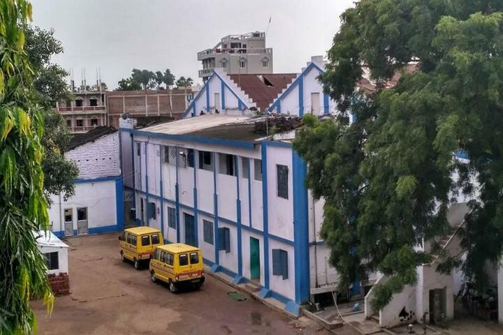 Shivam School-Building