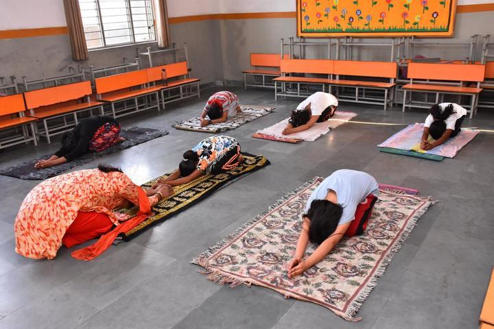 Gayatri Public School-Yoga