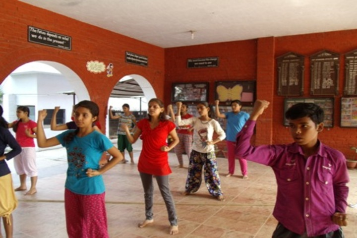 Gorakhpur Public School-Dance Room