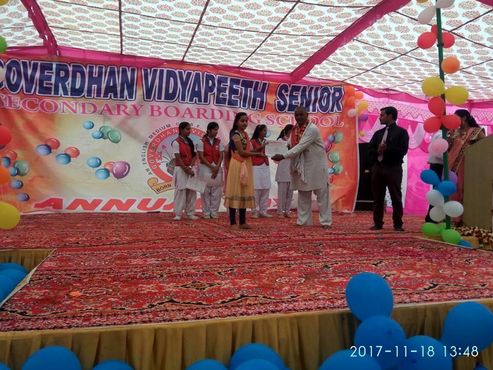 Goverdhan Vidyapeeth-Prize Distribution