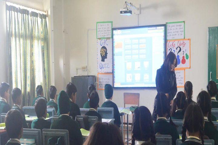 Green Valley English School-Classroom