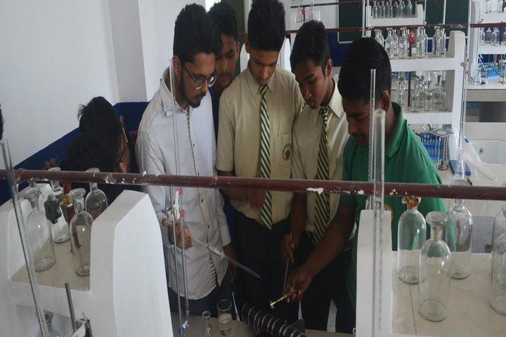 Green Valley English School-Laboratory