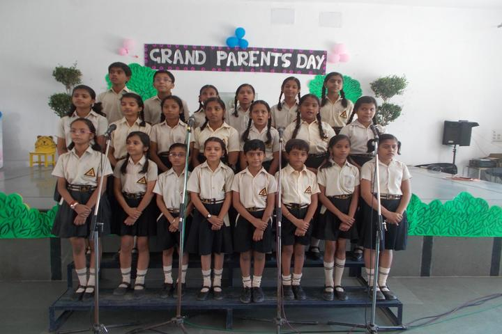 Gulmohar Public School-Singing
