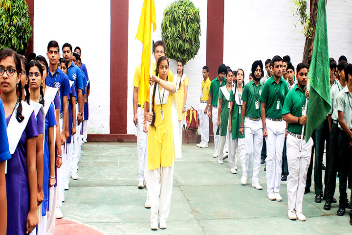 Guru Nanak Public Senior Secondary School-Sports Day