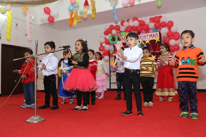 Guru Tegh Bahadur Public School-Christmas Celebration