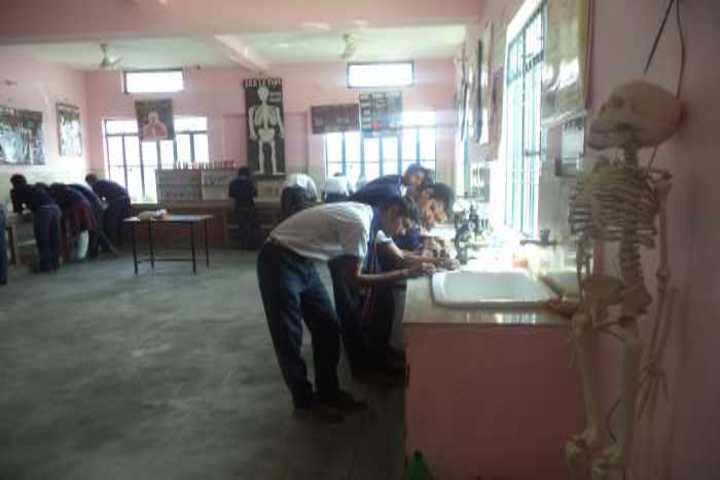 Gurukul Montessori School-Bilogy Lab