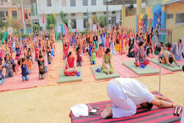 Gurukul Montessori School-Yoga