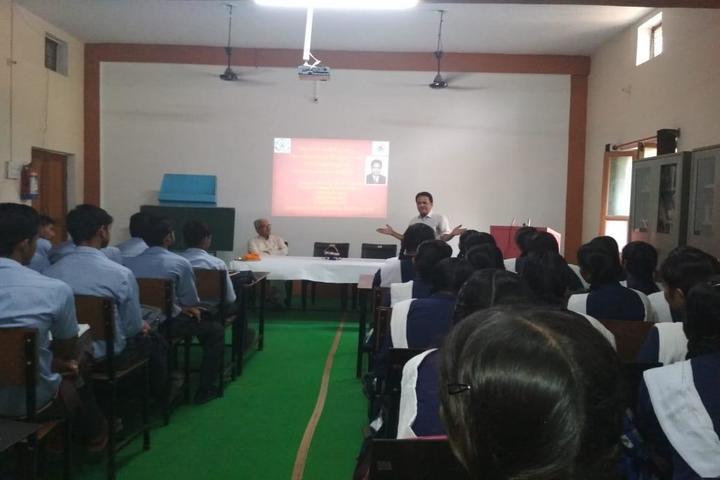 Gurukul Public School-Seminar