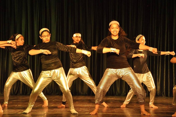 Gurukul The School-Dance
