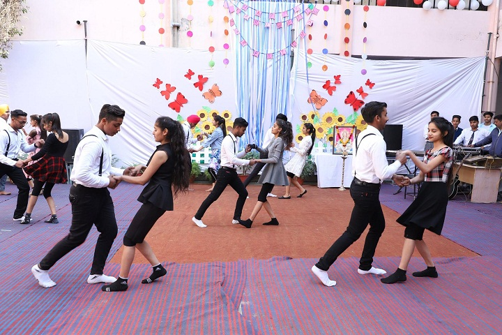 Gyan Kalash International School-Dancing Activity