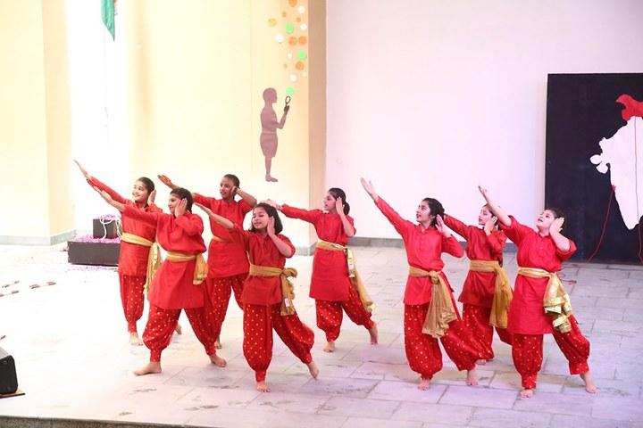 Gyanshree School-Dancing Activity