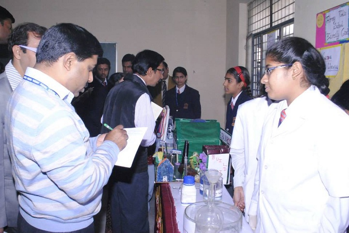Harrow School-Laboratory