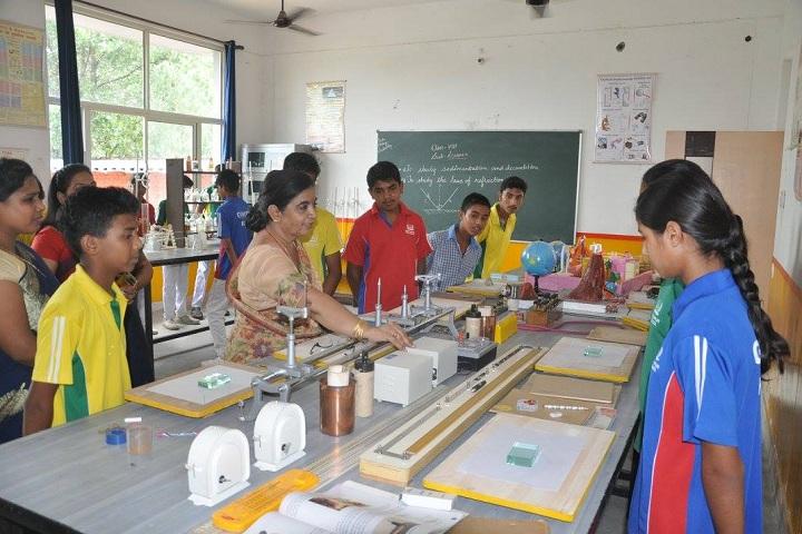 Hastinapur Public School-Chemistry Lab