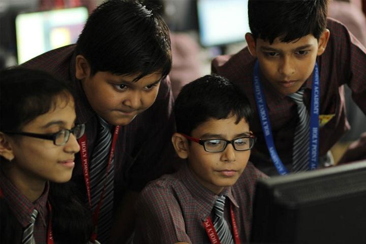 Holi Point Academy-IT-Lab