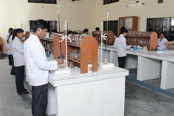Holy Child School-Chemistry Lab