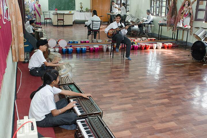 Holy Child School-Music Room