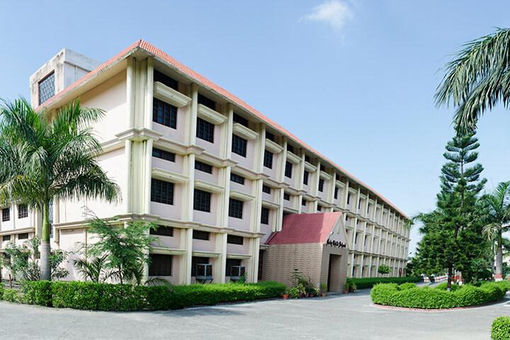 Holy Child School-School Building