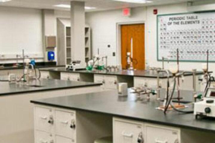 Holy Light Public School-Chemistry-Lab