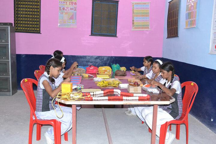 Holy Light Public School-Maths-Lab