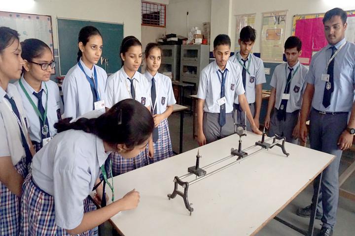 Holy Public School-Physics Lab