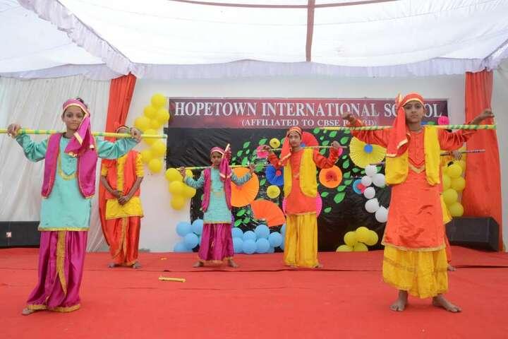 Hope Town International School-Dance