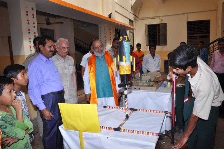 Indian National Public School-Science-Exhibition1