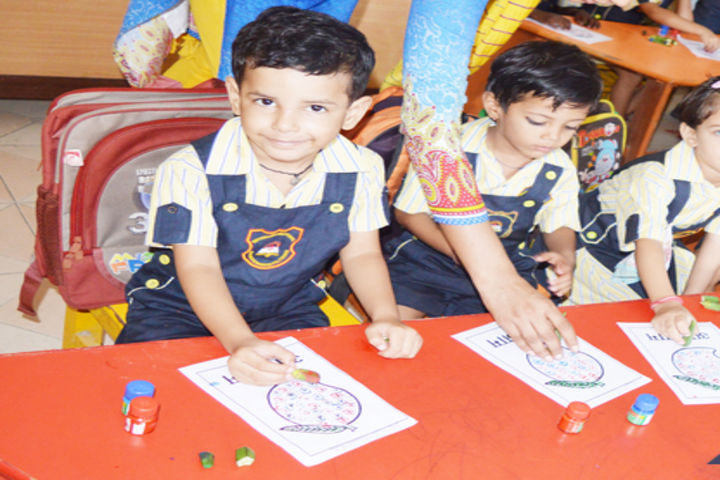 Indus Valley Public School-Art and Craft